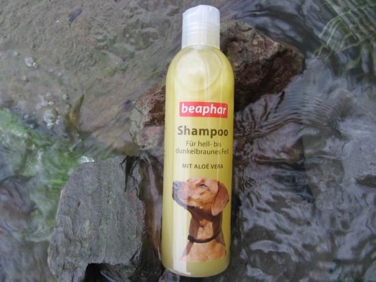 Hundeshampoo für hell- bis dunkelbraunes Fell
